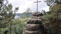 Kříž na Stráži
