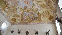 Stropní freska v hlavním sále