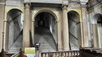 Hlavní a 2 boční schodiště Svatých schodů