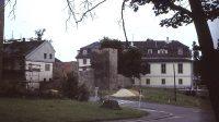 Pohled na zámek a městské hradby ze Zámecké ulice (80. léta 20. století)