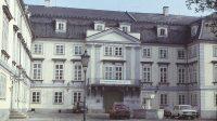 Nádvoří zámku (MNV) v 80. letech 20. století