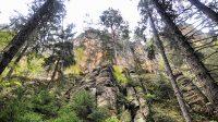 Údolím Křinice