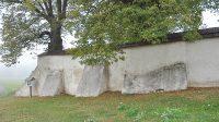 Hřbitovní zeď (říjen 2015)