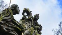 Svatá Luidgarda (nebo alegorie Víry) u kříže s Kristem