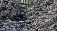 Hartmanův vodopád z dálky