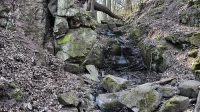 Hartmanův vodopád - koryto pod vodopádem