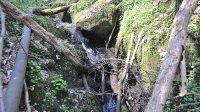 Ucpané koryto třetího stupně vodopádu