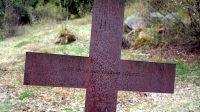 Zastavení třetí - Ježíš klesá pod těžkým křížem...