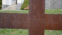 Zastavení třinácté - Ježíšovo Tělo z Kříže sňaté kladou Marii na klín...